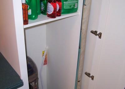 zlaundry room cabinet